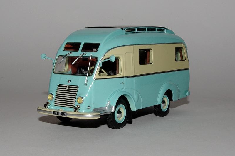 afficher le sujet en cours passion camping cars hachette. Black Bedroom Furniture Sets. Home Design Ideas